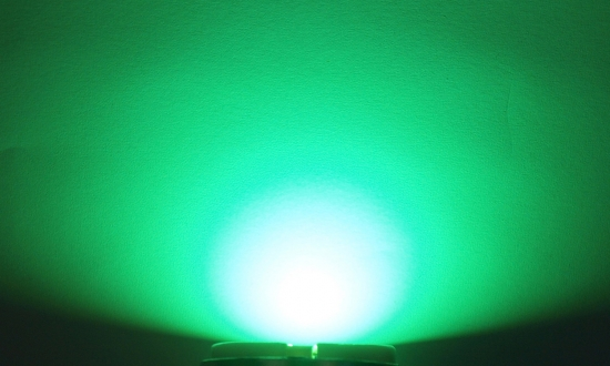 OptoSupply LED, 5mm, 8.6-9.3lm, 15°, klar, leaf green